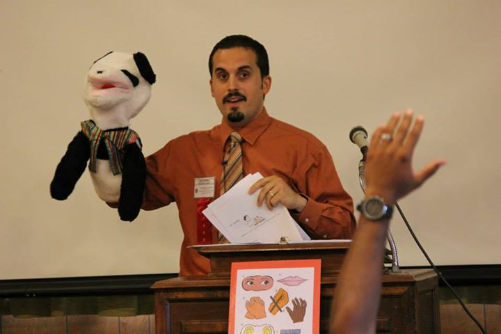 Mr. John demonstrating Scuffy